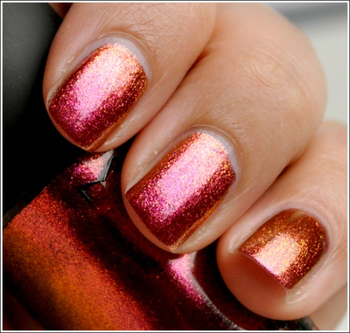 Nail-Polish-Trend-Color-Block Emilly Recommends