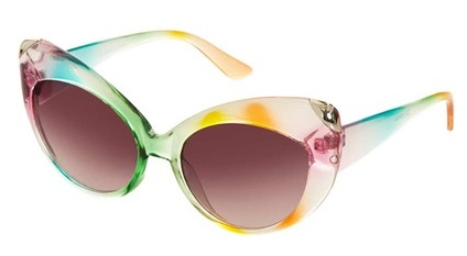 Sunglasses-Topshop-1-Vogue-11Jul13-PR_b_426x639