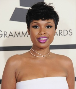 Jennifer-Hudson-2015-Grammy-Awards-makeup-hair